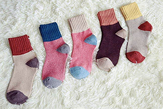 Shoppers are loving these adorable wool socks