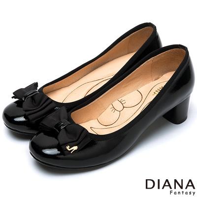 DIANA經典氣質漆皮蝴蝶結跟鞋-超厚切蝴蝶結款-黑