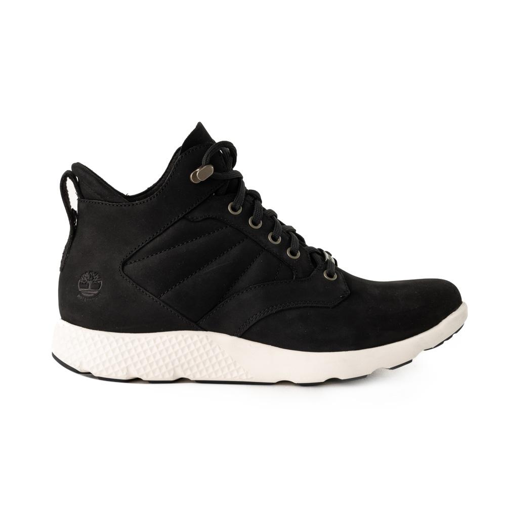 Timberland 男款黑色正絨面皮革Flyroam™運動靴 A1SAE