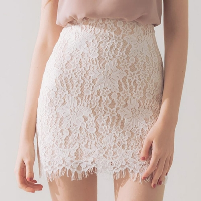 AIR SPACE 浪漫風蕾絲窄短裙(白)
