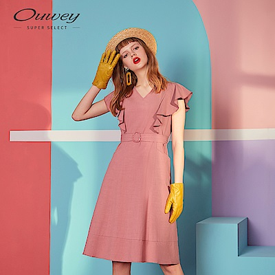 OUWEY歐薇 荷葉腰帶V領洋裝(粉)