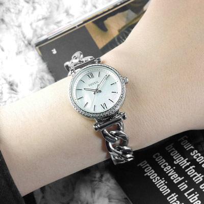 FOSSIL Carlie 晶鑽鑲圈 珍珠母貝 羅馬刻度 手鍊式 不鏽鋼手錶-銀/28mm
