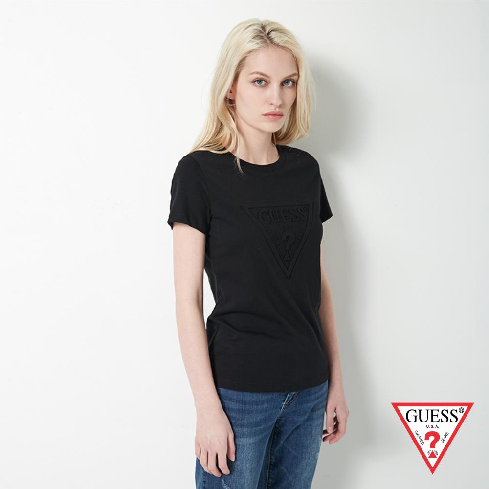GUESS-女裝-浮雕經典LOGO短T,T恤-黑 原價1390