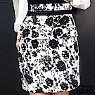 【NATURALLY JOJO】時尚高腰浮花包裙(黑X白)
