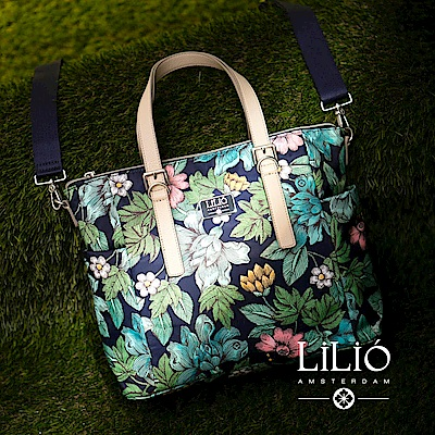 LILIO 藏青_側肩/斜背旅行包_簡約生活_Etch Flowers