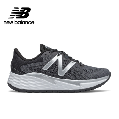 【New Balance】緩震跑鞋_女性_黑色_WVARELB1-D楦