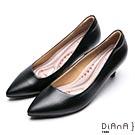 DIANA 漫步雲端厚切輕盈美人-簡約素雅俐落真皮跟鞋-黑