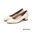 達芙妮DAPHNE 跟鞋-真皮素面圓頭粗低跟鞋-米白