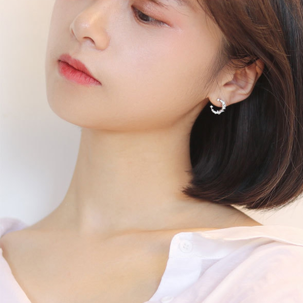 梨花HaNA  韓國925銀細緻鑽石微鑲月光之謎耳環