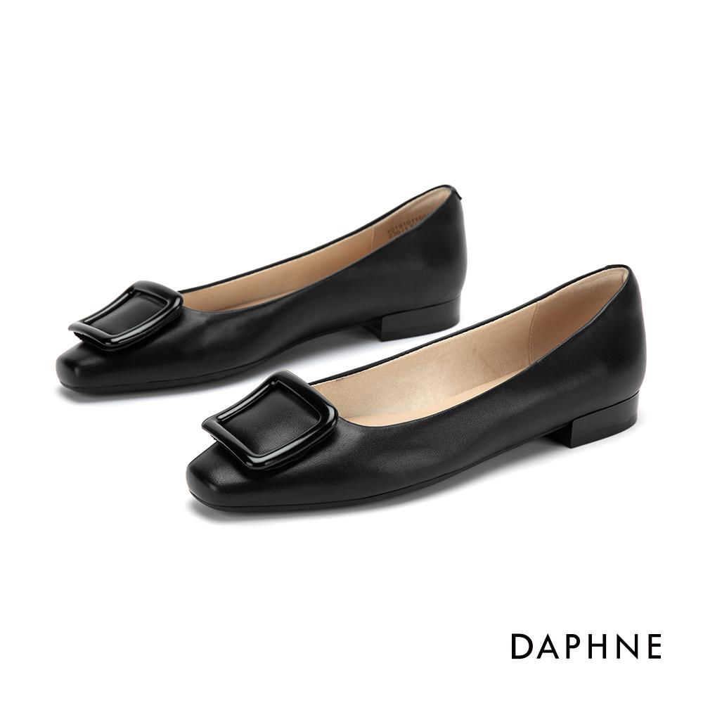 達芙妮DAPHNE 低跟鞋-優雅方扣舒適方頭低跟鞋-黑