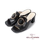 CUMAR普羅旺斯莊園- 大圓金屬飾釦裝飾一字帶粗跟涼拖鞋-黑