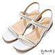 DIANA 2.5cm 質感牛皮方頭金屬幾何飾釦一字露趾涼鞋-白 product thumbnail 1