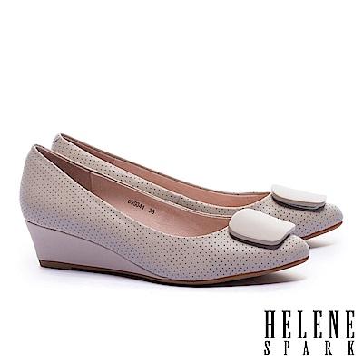 高跟鞋 HELENE SPARK 簡約素雅方釦全真皮楔型高跟鞋-米