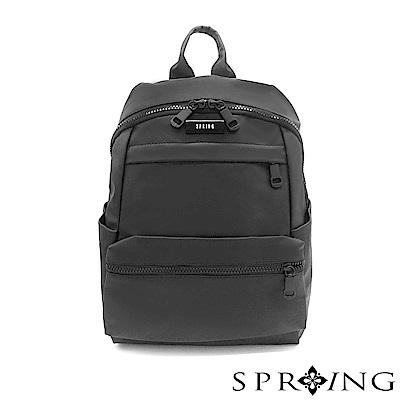 SPRING-微光澤輕量後背包-騎士黑