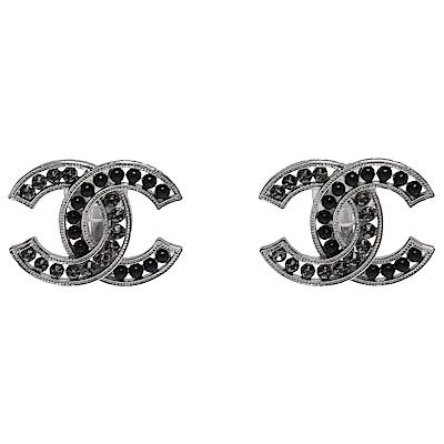 CHANEL 經典CC LOGO黑色珍珠水鑽鑲嵌造型夾式耳環(黑X銀)