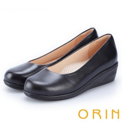 ORIN 簡約氣質風 嚴選牛皮素面楔型中跟鞋-黑色