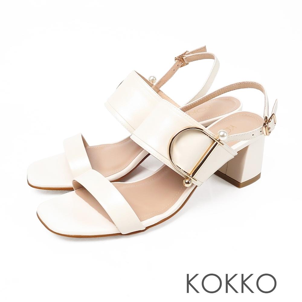 KOKKO小香風珍珠牛皮粗跟方頭涼鞋-椰奶白