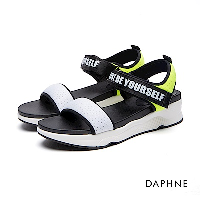 達芙妮DAPHNE 休閒鞋-魔鬼氈字母印花休閒鞋-白