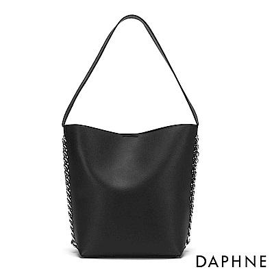 達芙妮DAPHNE-鏈條裝飾肩背托特包-黑