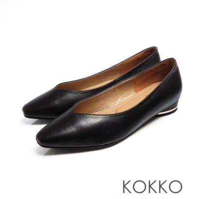 KOKKO -素面小方頭羊皮V口圓跟鞋 - 黑色
