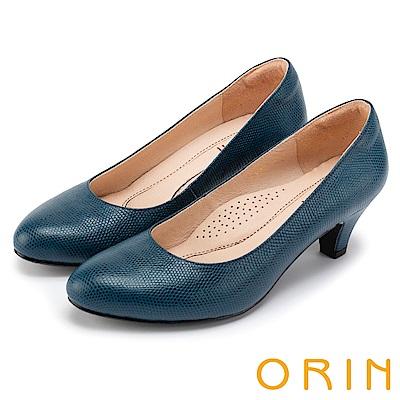 ORIN 都會時尚OL 簡約剪裁牛皮壓紋素面中跟鞋-藍色