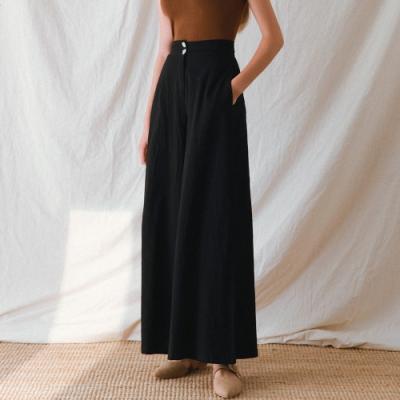 AIR SPACE LADY 棉感雙釦造型寬褲(黑)