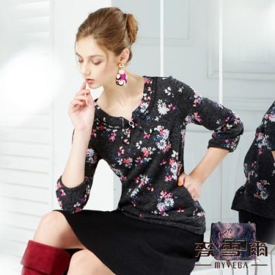 【麥雪爾】優雅花卉印花水鑽珍珠上衣