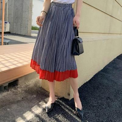 La Belleza法式鬆緊腰滿版箭頭印花下擺配色裙擺雪紡百摺裙