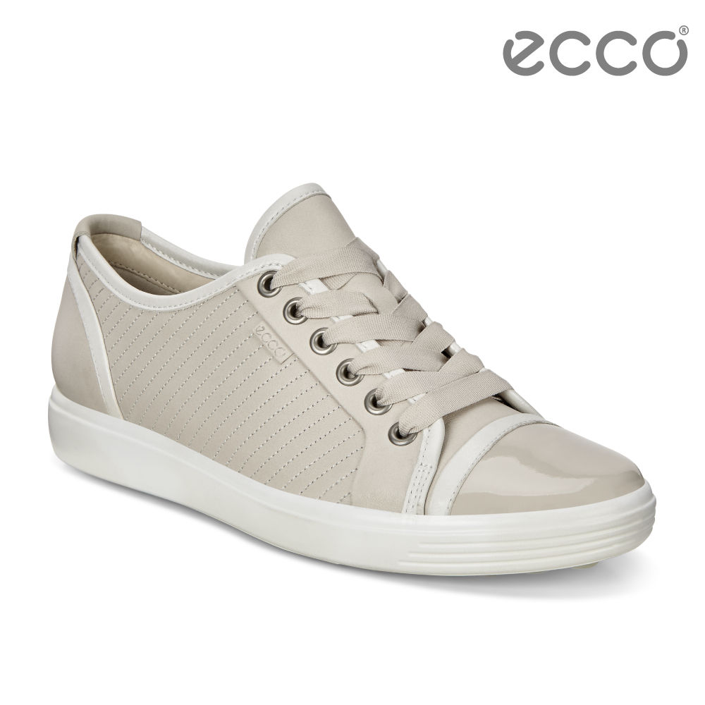 ECCO SOFT 7 LADIES 經典輕巧輕柔條紋休閒鞋 女-米色