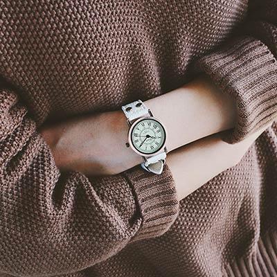 watch-123 慢走人生-森女系小巧復古英倫風手錶 (2色任選)