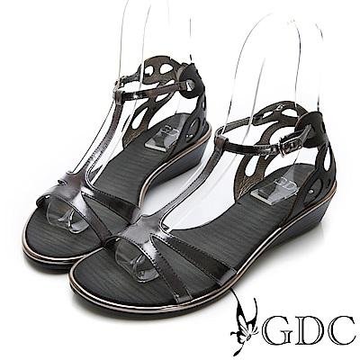 GDC-真皮貴氣金屬感時尚前衛涼鞋-錫色