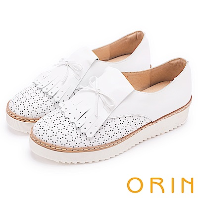 ORIN 懷舊復古學院風 洞洞流蘇牛皮造型厚底鞋-白色