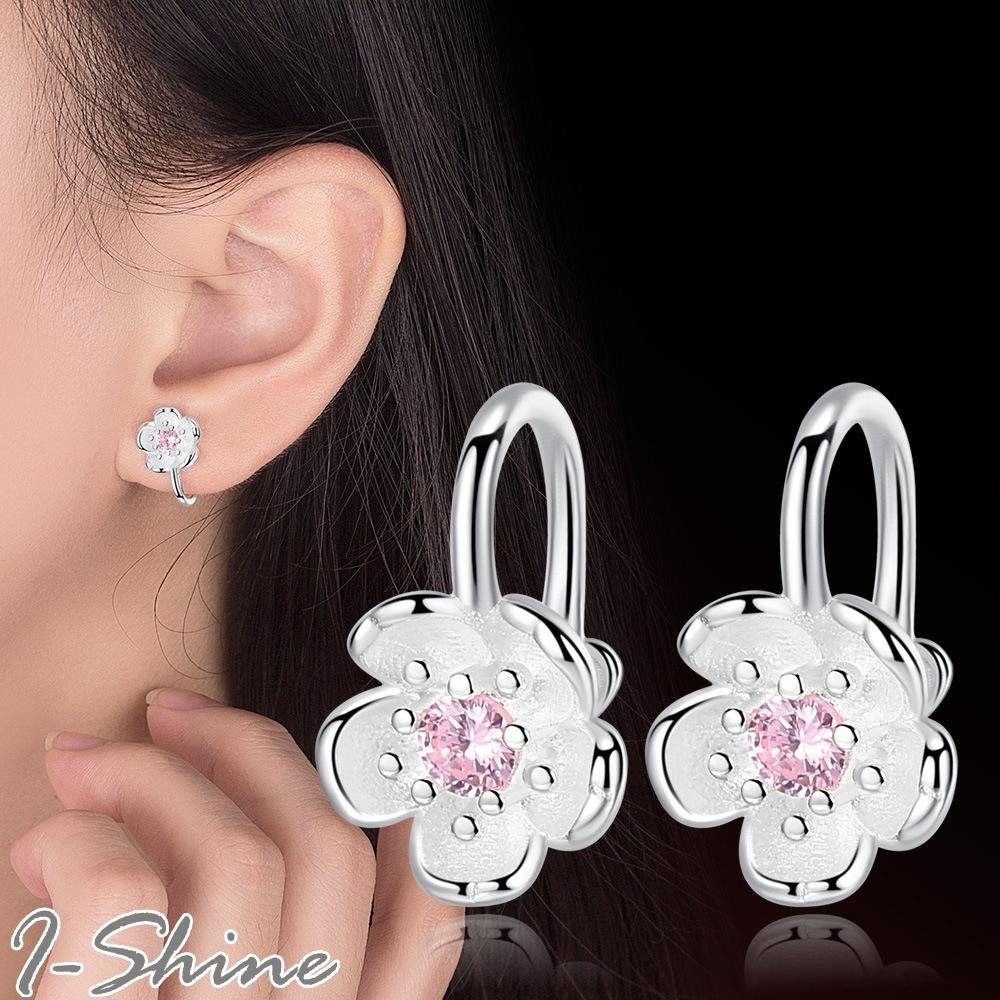 I-Shine-正白K-花開並蒂-韓國閃耀櫻花花朵造型鑲鑽彎曲銀耳環DB60