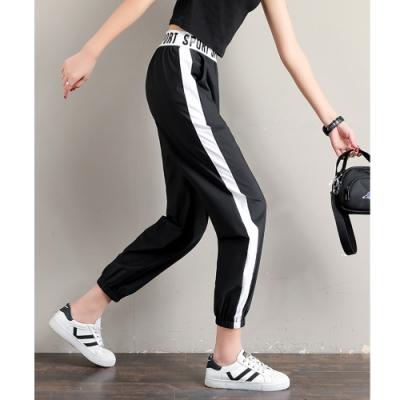 2F韓衣-簡約撞色側邊字母鬆緊造型褲-黑-(S-2XL)