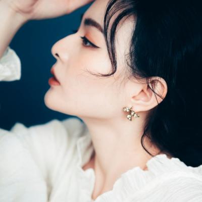COR-DATE|三葉水鑽耳環