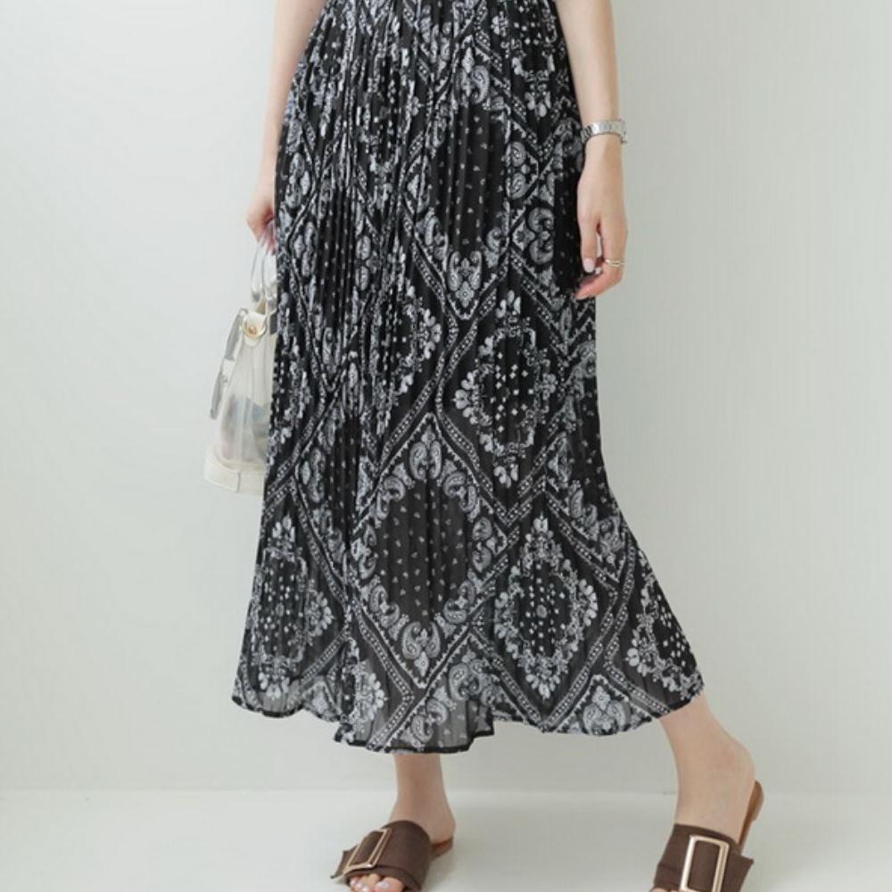 La Belleza民俗風變形蟲印花鬆緊腰百摺雪紡長裙 product image 1