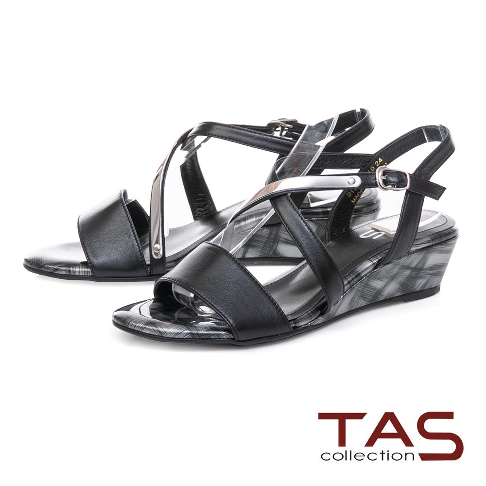 TAS 交叉繫帶銀飾條綿羊皮小坡跟涼鞋-個性黑