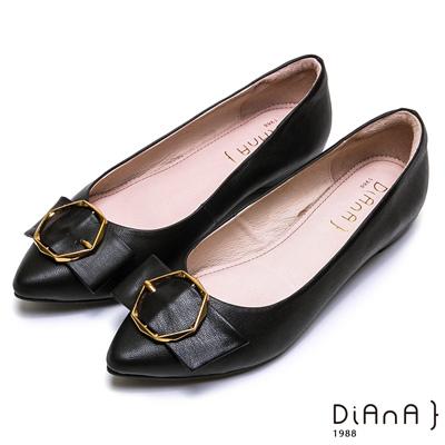 DIANA質感幾何金釦穿帶真皮鞋-大方氣質-黑