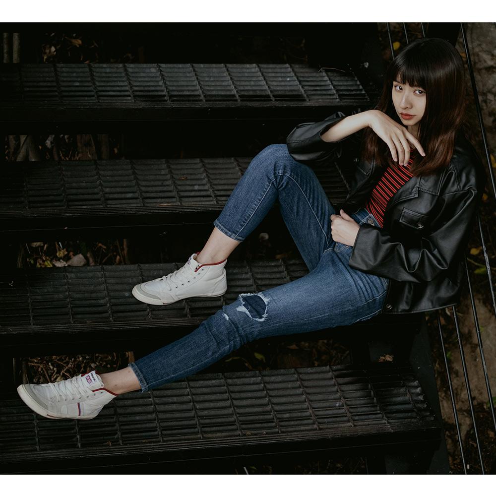 Levis 女款 721 高腰緊身窄管 亞洲版型 彈性牛仔長褲 刷破