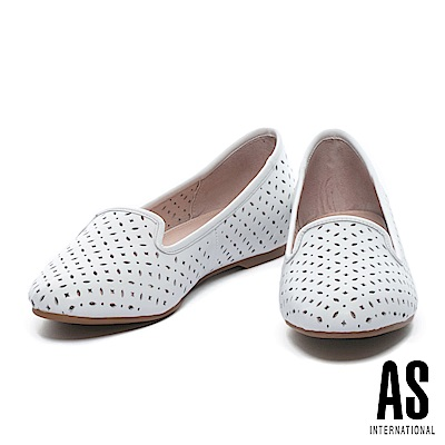 平底鞋 AS 經典氣質幾何冲孔羊皮平底鞋-白