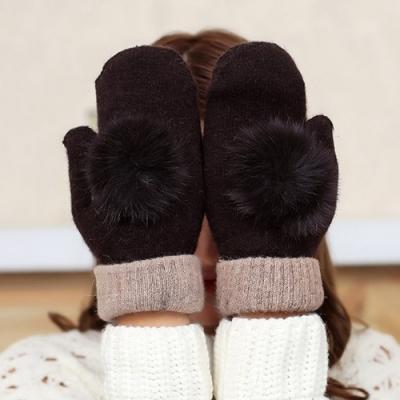 Decoy 兔毛球球 包指加厚毛線保暖手套 咖啡