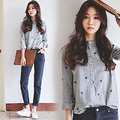 條紋刺繡立領襯衫-灰色(M-2XL可選)     NUMI  復古