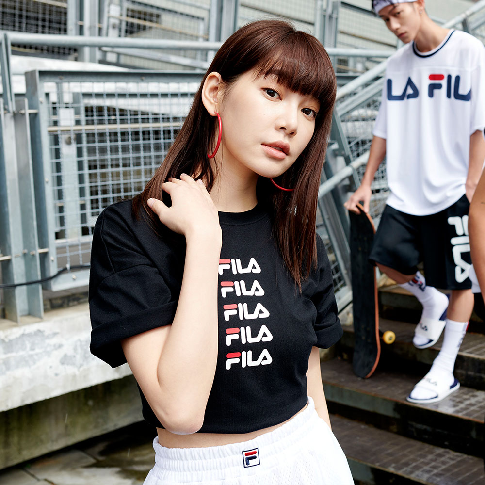 FILA #架勢新潮 女短袖圓領T恤-黑色 5TEV-1427-BK