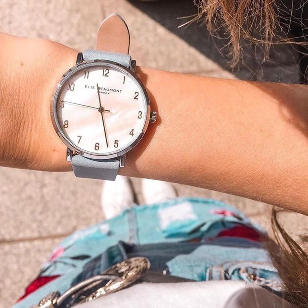 Elie Beaumont英國時尚手錶FITZROVIA珍珠母貝系列 粉藍X銀33mm