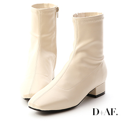 D+AF 人氣指標.素面車線方頭低跟襪靴*米