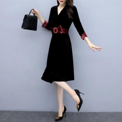 甜美華麗V領腰間蝴蝶結金絲絨洋裝M-2XL(共二色)SZ