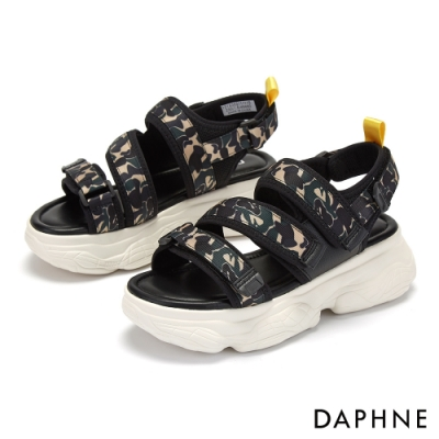達芙妮DAPHNE 涼鞋-迷彩魔鬼氈厚底休閒涼鞋-黑