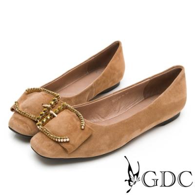 GDC-真皮微方頭歐美大器扣飾舒適平底包鞋-米色