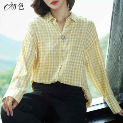 初色  格紋花朵棉質襯衫-共4色-(M-XL可選)