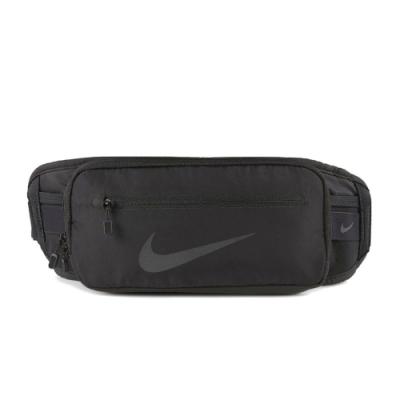 Nike 腰包 Running Fanny Pack 男女款 斜背包 外出 輕便 小包 穿搭 反光 黑 銀 N1000827013OS